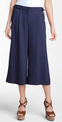 Soft and Cropped Wide Leg Pants - YLF