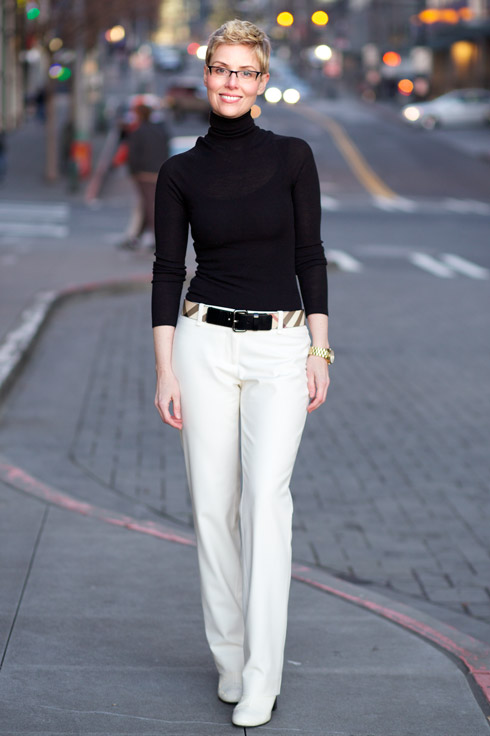 what to wear with winter white pants - Pi Pants
