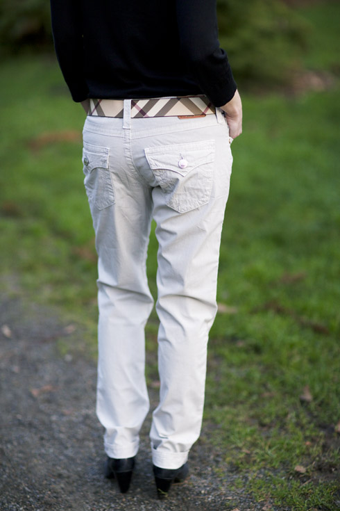 Hard Chinos - Back Pockets
