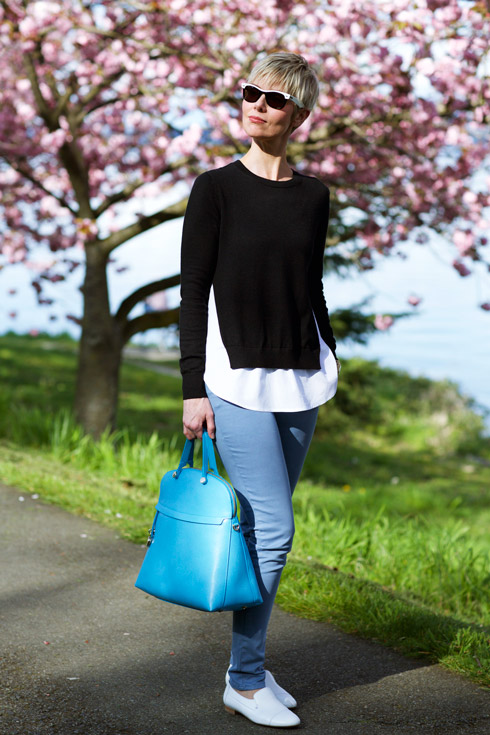 Graphic Spring - Top with Bag