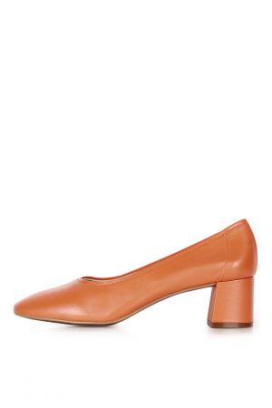 block heel ballet pumps
