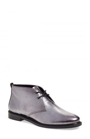 a39cd63460ab72 How to Wear Grey Footwear - YLF