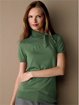 Short-sleeve tie-neck top