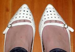 toes1.jpg