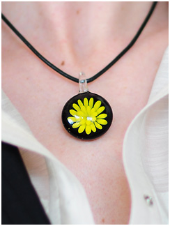 spring-necklace-1.jpg